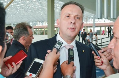 Aguinaldo Ribeiro é eleito 1º vice-presidente da CCJ