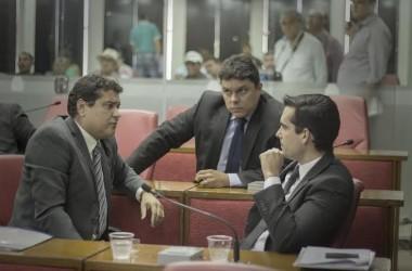 Oposição entra com representação contra líder do governo na CMJP