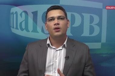 Deputados decidem se queimar e viram alvo do comentário de Écliton Monteiro