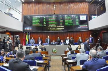 Assembleia antecipa discussão e aprova LOA para 2018