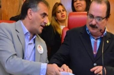 Durval intermédia audiência do prefeito com profissionais da saúde