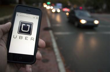 Lei de autoria de Lucas de Brito que libera o uso de aplicativos como o Uber entra em vigor