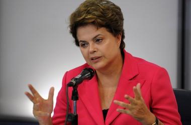 Dilma desembarca na Paraíba no dia 8, diz deputado