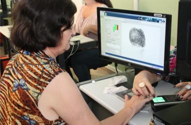 Maioria do STF decide cancelar títulos de eleitores sem biometria
