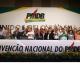 Aos gritos de 'Fora PT', PMDB deixa governo em reunião de três minutos