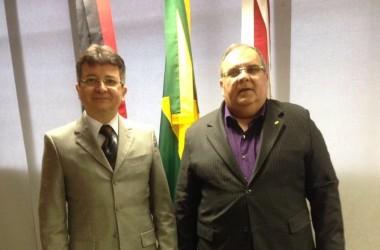 Rômulo Gouveia se reúne com presidente do TRT