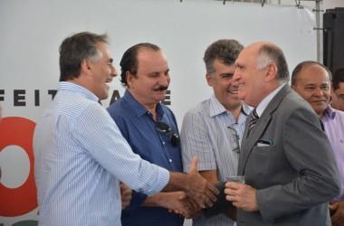 Durval participa de inauguração de escola de tempo integral de JP