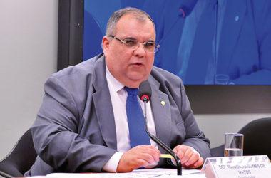 Rômulo pede ao CNJ que evite fechamento de 25 comarcas na Paraíba