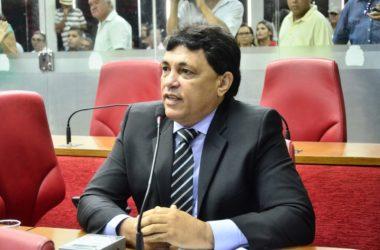 """Emedebista diz que Maranhão """"só pensa nele"""""""