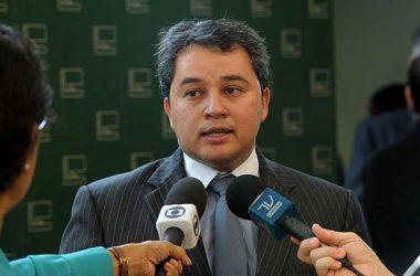 Efraim Filho nega encontro de Efraim Moraes com José Maranhão
