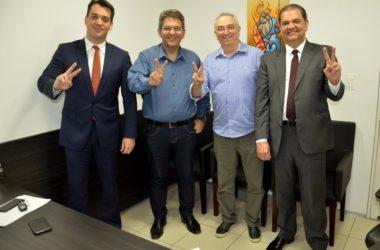 Ex-secretário de Ricardo, ex-deputado e prefeito se filiam ao PPS