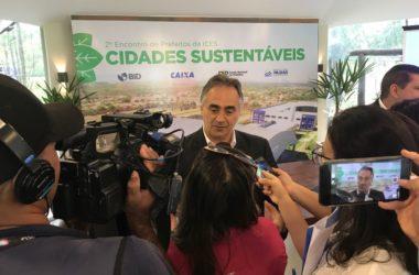 Luciano Cartaxo entrega obra de reestruturação de Centro de Referência do Cidadão