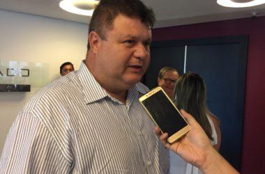 Mais um prefeito declara apoio a Lira