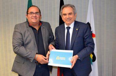 Prefeito de Rio Tinto anuncia apoio a Lira