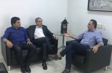 Em reunião com Luciano Cartaxo, Raimundo Lira defende união das oposições e se coloca à disposição para compor chapa*