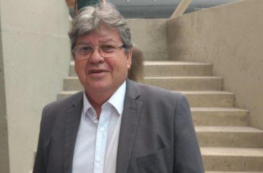 ÁUDIO: João Azevedo manda recado para Lígia sobre lealdade e diz que vice não representa projeto do PSB