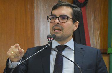 Lucas defende descentralização dos serviços de saúde para melhorar assistência aos cidadãos