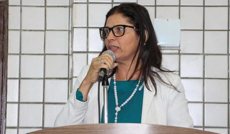"""ÁUDIOS: Alegando recurso, Geusa não coloca em votação determinação judicial em liminar e avisa: """"Eles vão ter que me engolir"""""""