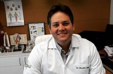 Prefeito de Patos afastado do mandato pela Justiça, Dinaldinho se inscreve no Mais Médicos