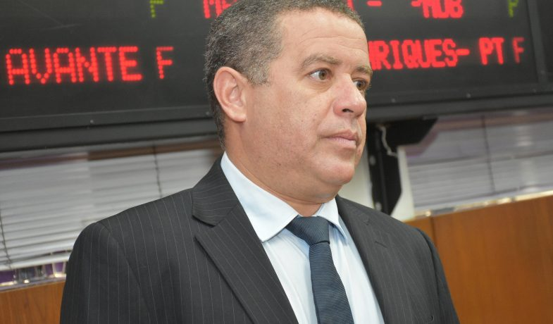 ÁUDIO: João Almeida propõe que Shopping Lagoa seja transformado em shopping popular para ambulantes