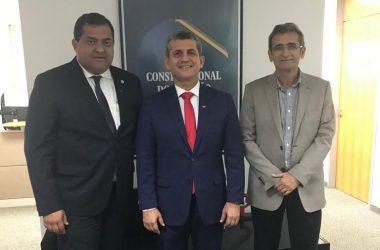 CAA, OAB-PB e APAM firmam parceria para prestar assistência psicológica gratuita a advogados