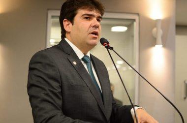 Eduardo Carneiro faz apelo ao ministro do Turismo para que garanta voo entre JP e RJ
