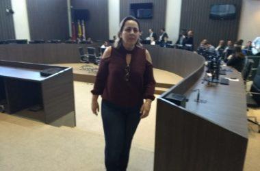 Xeque-Mate: Justiça libera ex-primeira-dama de Cabedelo